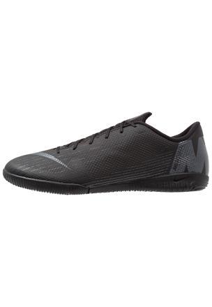 chaussure de foot de salle