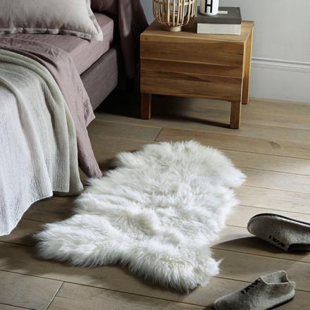 tapis descente de lit