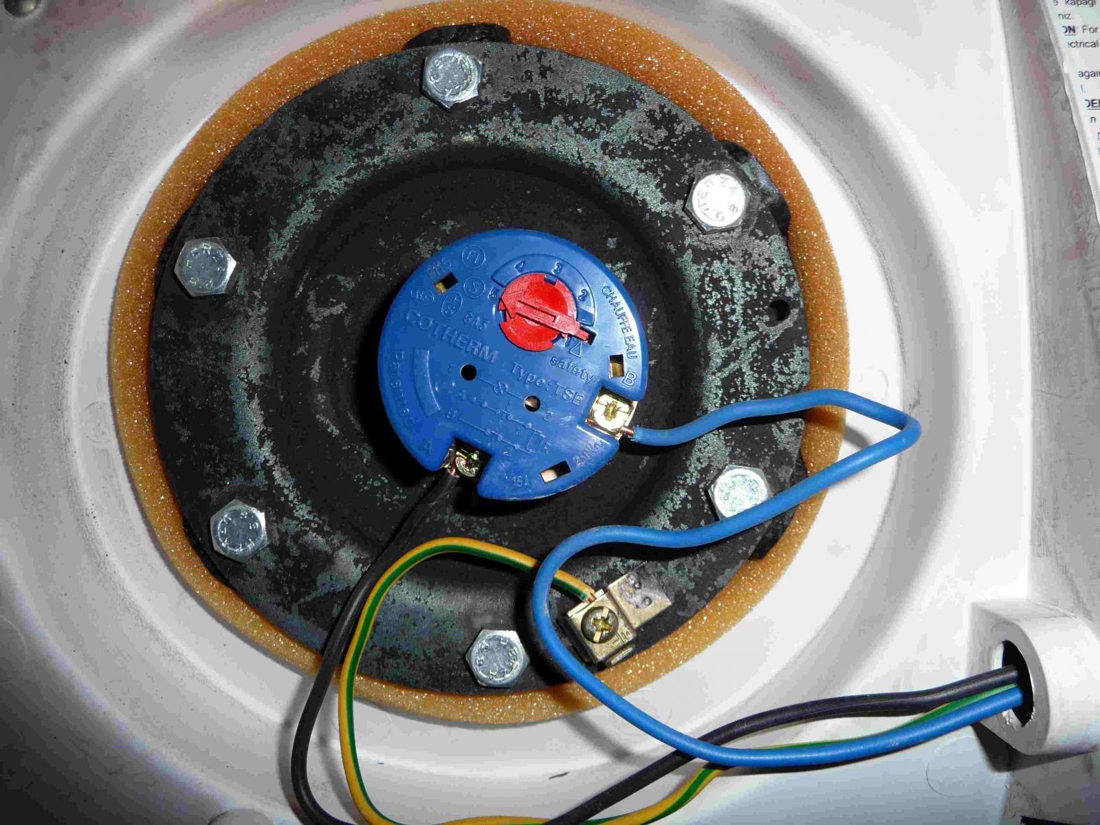 thermostat ballon eau chaude